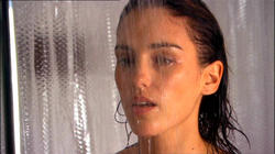 Amy Jo Johnson Image