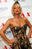 Here's Paris Hilton posing in her army-slut costume at club LAX Halloween night.... Foto 807 (��� ����� ������ ���������� � �� ����� ����� ������� � ����� LAX �������� ����� .... ���� 807)
